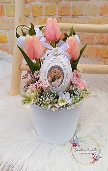 Dekorácie - Kraslica v kvietkoch ukrytá - 13035765_