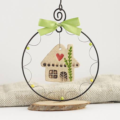 Dekorácie - domček zazelenalo sa - 13039780_