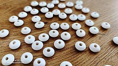 Korálky - Drevená korálka krúžok - 12x6 mm  (Biela) - 13041294_