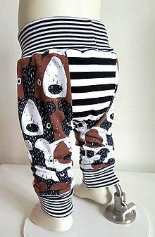 Detské oblečenie - tepláky z biobavlny Tlupa medveďov (hnedé) - 13047214_