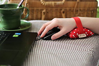 Pomôcky - FILKI Myššo šupková podložka pod zápästie, obvod zápästia 20 - 23 cm - 13052952_