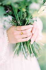 Prstene - Zlatý filigránový prsteň - Splynutie (Jantár) - 13053746_