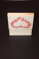 Krabičky - Drevená krabička SRDCE - 13053316_