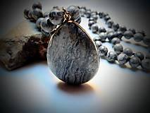 Náhrdelníky - Náhrdelník/jaspis sivý - 13053742_