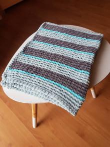 Textil - Ručně pletená žinylková deka pro miminko - pruhovaná (Šedá) - 13055039_