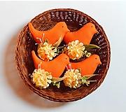 Dekorácie - Vtáčik na zavesenie - oranžová - 13054759_
