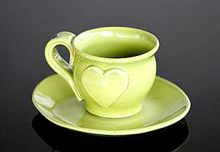 Nádoby - Keramická šálka so srdiečkom 100 ml zelená - 13059282_