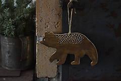 - Medveď - 13058629_