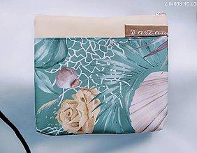 Taštičky - Kozmetická taštička Listy na zelenej - 13058641_