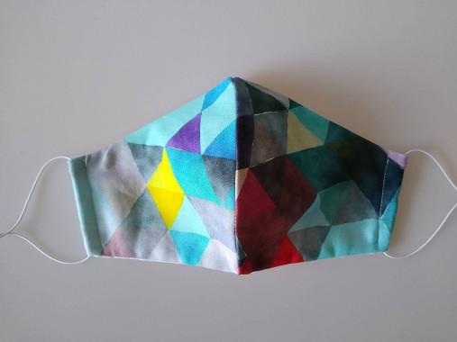 Dizajnové rúško trojuholníky tyrkys prémiová bavlna antibakteriálne s časticami striebra dvojvrstvové tvarované