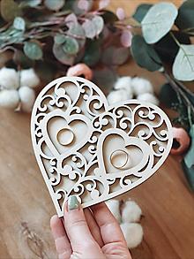 Prstene - Tanierik na obrúčky srdiečko ornament prírodný - 13063399_