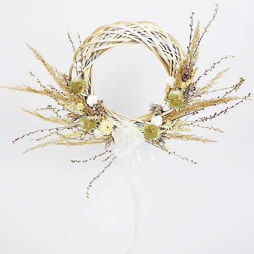 Dekorácie - Prírodný veniec zo sušených kvetov - 13065858_