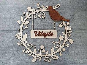 Dekorácie - Jarný drevený venček na dvere - 13068175_