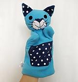 Maňuška mačka - Kocúrik v tyrkysovom kožúšku