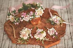 Detské doplnky - Jemný kvetinový venček pre malé družičky - 13075409_