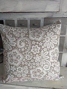 Úžitkový textil - Vankúš krajkový motív - 13074379_