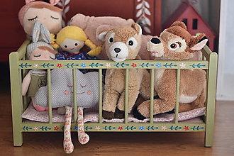 Hračky - Zelená postieľka pre bábiky - 13075337_