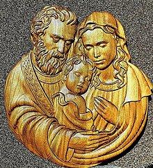 Dekorácie - Drevorezba Svätá rodina new - 13074739_