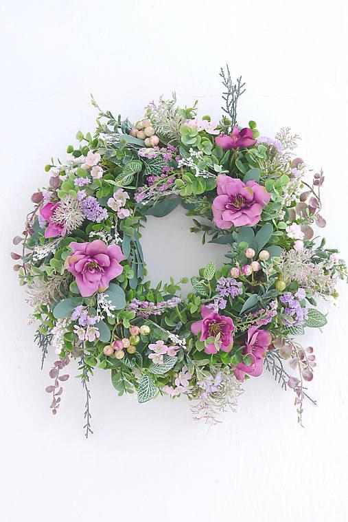 Dekorácie - Staroružovo - fialový veniec na dvere - 13071759_