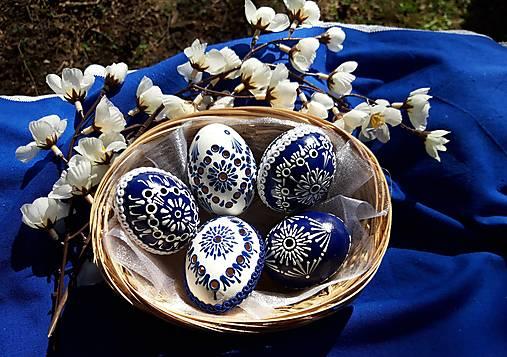 Dekorácie - Sada modro-bielych kraslíc - 13074588_