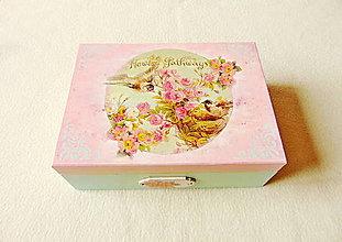 Krabičky - Drevená shabby krabička - 13076085_