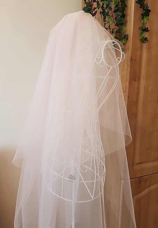 Svadobný závoj - púdrovo ružová farba