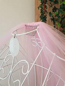 Ozdoby do vlasov - Svadobný závoj -   svetlo ružová farba - 13078531_