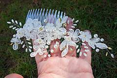 Ozdoby do vlasov - Ivory svadobný hrebienok do vlasov + zlatá - 13081942_