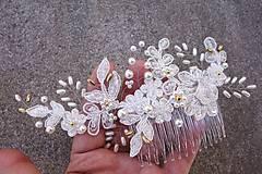 Ozdoby do vlasov - Ivory svadobný hrebienok do vlasov + zlatá - 13081955_