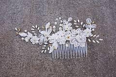 Ozdoby do vlasov - Ivory svadobný hrebienok do vlasov + zlatá - 13081956_
