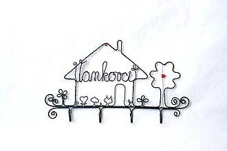 Nábytok - vešiak - domček * 22 cm - 13081494_