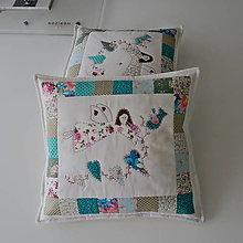 Úžitkový textil - Vankúše patchwork anjelik ručne vyšívané - 13085637_