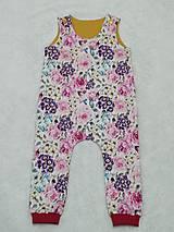 Detské oblečenie - Tepláčiky na traky kvety - 13088773_