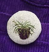 Odznaky/Brošne - vyšívaná brošňa - 13090251_