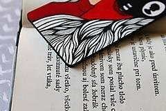 Papiernictvo - Drevená záložka do knihy - Knihomoľka - 13096503_
