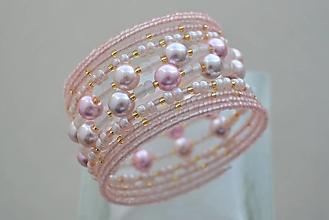 Náramky - Náramok púdrové perličky - 13095231_