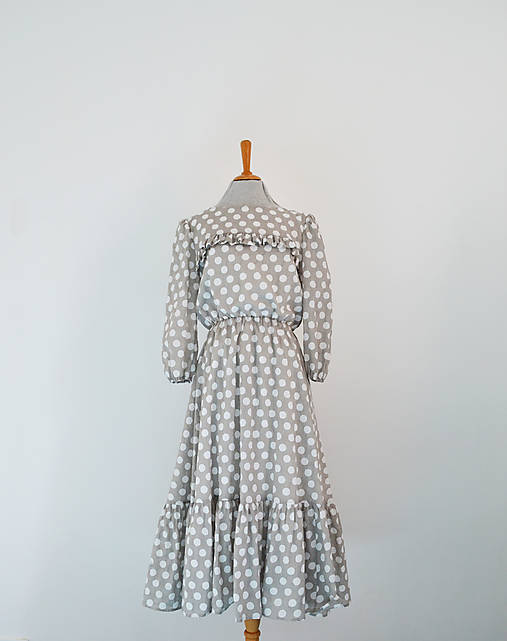 Šaty - Bodkované bavlnené šaty s elastickým pásom a volánom  - 13095798_