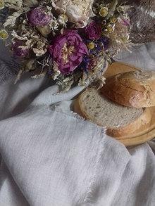 Úžitkový textil - Ľanový obrúsok s výšivkou - 13103087_