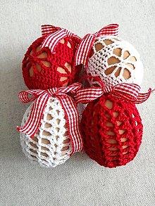 Dekorácie - Veľkonočné vajíčka červené a biele - 13099149_