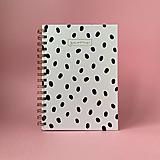 Papiernictvo - Bodkovaný bielo-čierny dizajnový zápisník Gavine - 13103127_