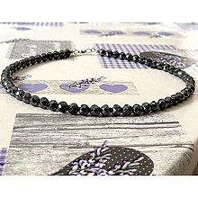 Šperky - Black Hematite Men / Unisex Beaded Necklace / Pánsky alebo unisex náhrdelník hematit čierny brúsený - 13105089_