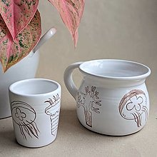 Nádoby - keramický pohár strobilácia - 13106465_
