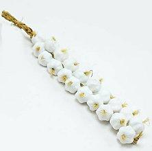 Iný materiál - celoročná umelohmotná dekorácia-cesnak (Biela) - 13104729_
