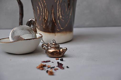 sitko na čaj čajník kovový