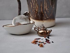 Nádoby - sitko na čaj čajník kovový - 13104153_