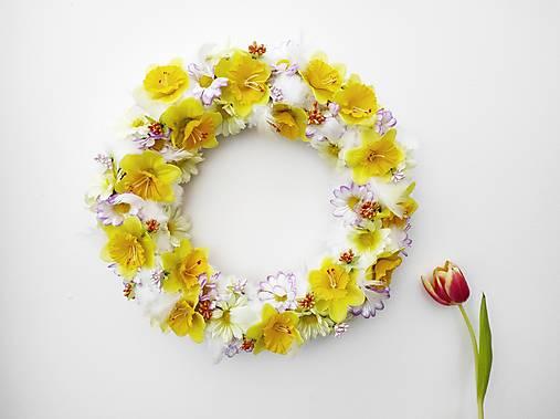 Dekorácie - Jarný veniec ,,Posolstvo jari,, - 13110717_