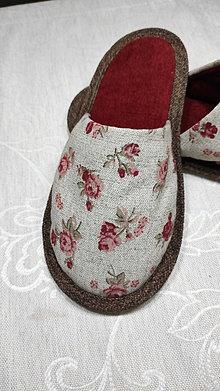 Obuv - Papuče  červené ruže - 13116151_