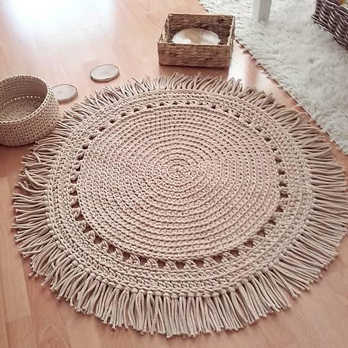 BOHO style háčkovaný koberec