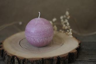 Svietidlá a sviečky - Sviečka zo 100% palmového vosku GUĽA (Fialová) - 13117019_