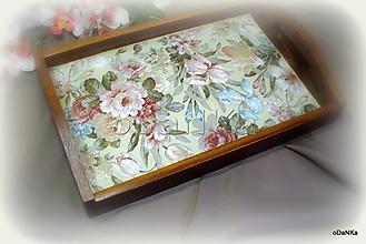 Nádoby - drevená tácka Kvetinková - 13115413_